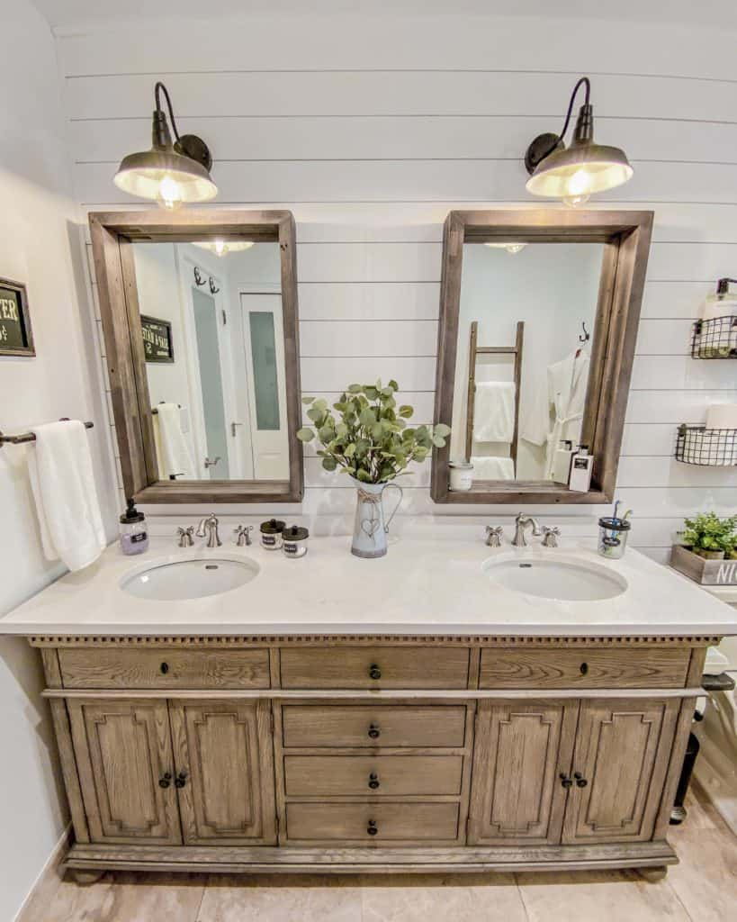 New Vanity, Mirrors, Faucets & Light Fixtures for our Farmhouse Chic Bathroom Makeover - Bathroom Renovation