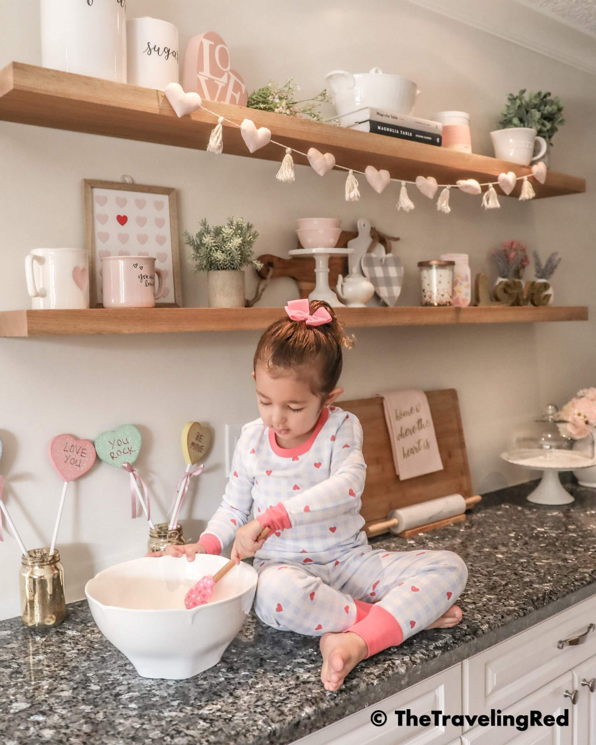 Mom Hack: Instead of asking your kid to pose for a photo, just give them a task to keep them busy. It can be anything like stirring in a bowl. Make them focus so you can photograph them #MomHacks #KidPhotography #MomTips #Toddlers #PhotographyTips